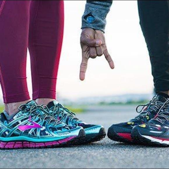 5df97cface0 💖NWB💖 LTD ROCK N ROLL running shoe 🎸🏃🏻 ♀️